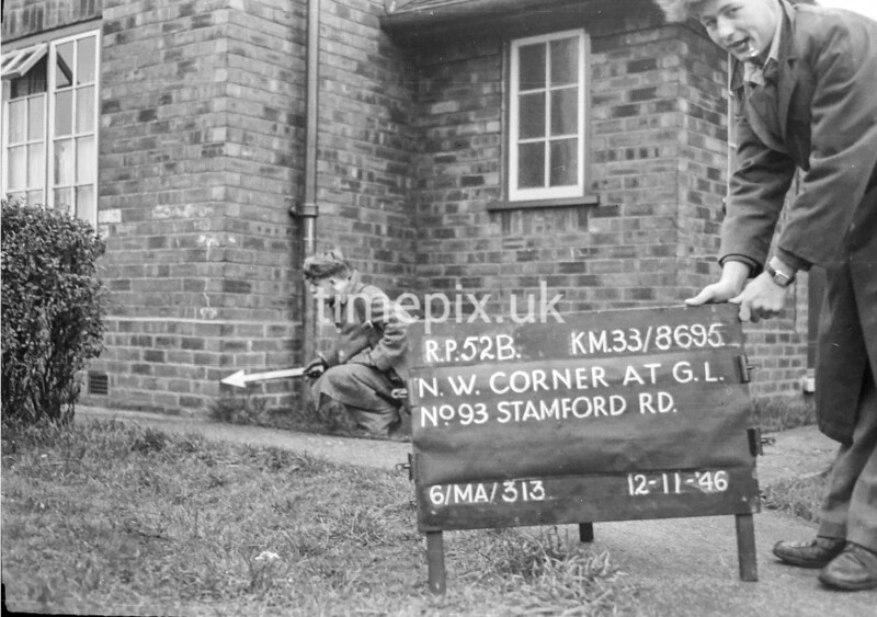 SJ869552B, Ordnance Survey Revision Point photograph in Greater Manchester