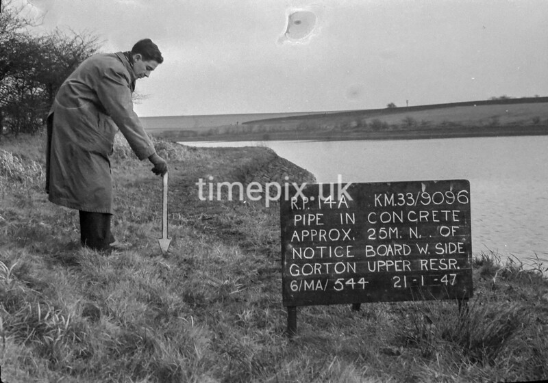 SJ909614A, Ordnance Survey Revision Point photograph in Greater Manchester