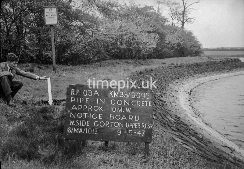 SJ909603A, Ordnance Survey Revision Point photograph in Greater Manchester