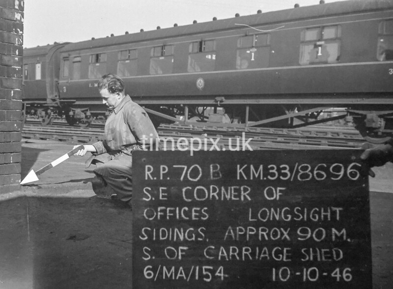 SJ869670B1, Ordnance Survey Revision Point photograph in Greater Manchester