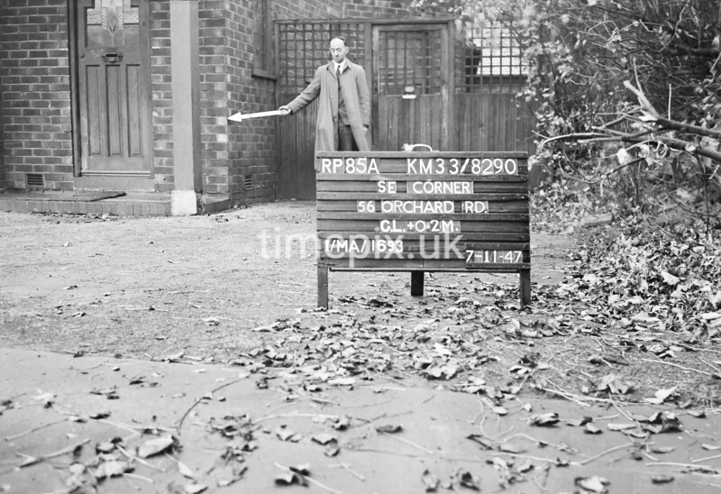 SJ829085A, Ordnance Survey Revision Point photograph in Greater Manchester
