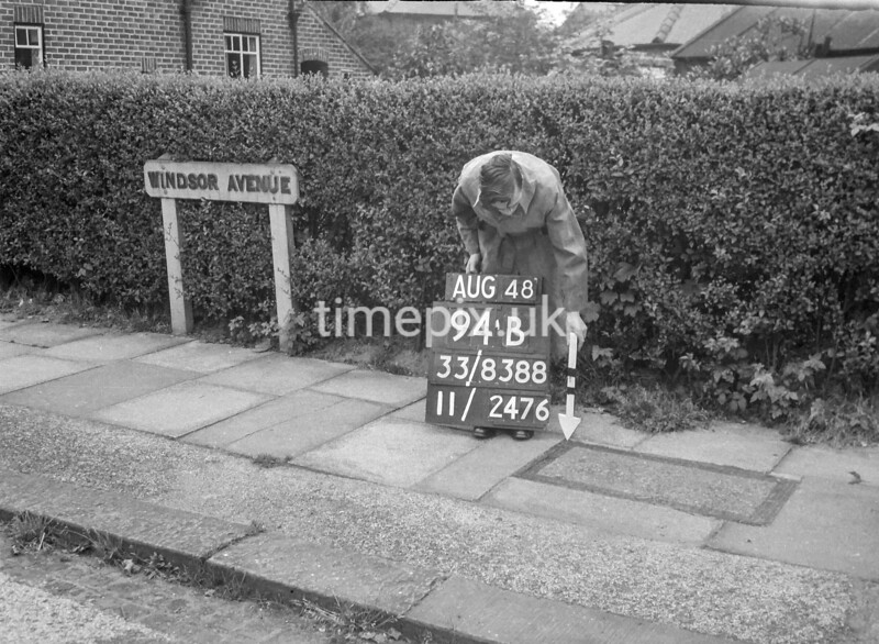 SJ838894B, Ordnance Survey Revision Point photograph in Greater Manchester