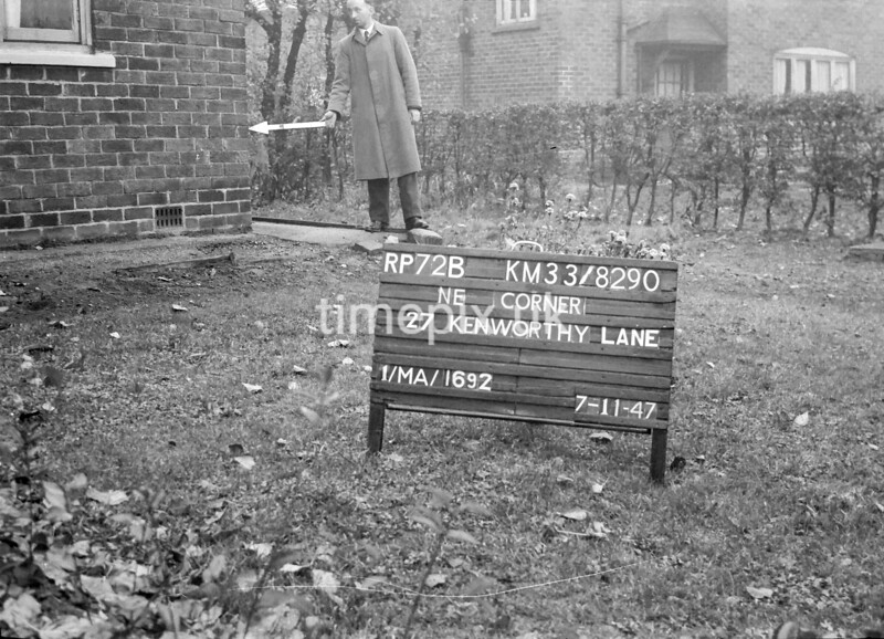SJ829072B, Ordnance Survey Revision Point photograph in Greater Manchester