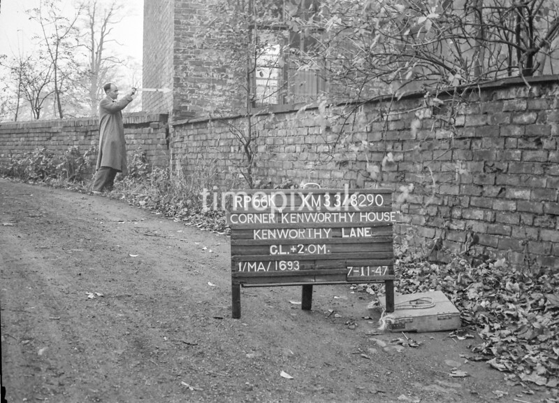 SJ829066K, Ordnance Survey Revision Point photograph in Greater Manchester