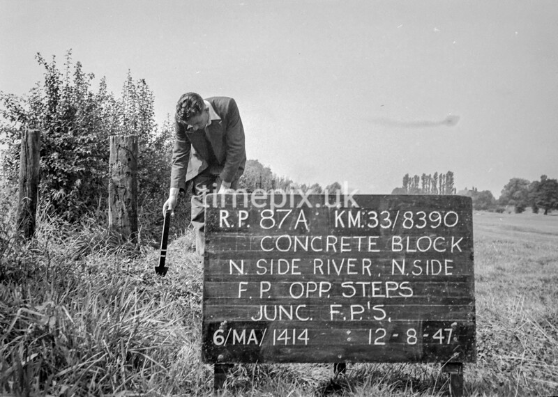 SJ839087A, Ordnance Survey Revision Point photograph in Greater Manchester