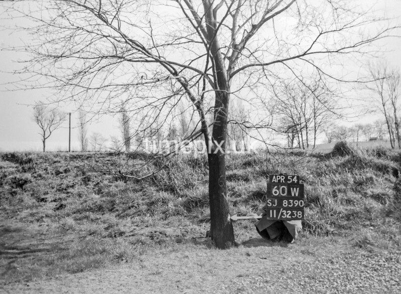 SJ839060W, Ordnance Survey Revision Point photograph in Greater Manchester