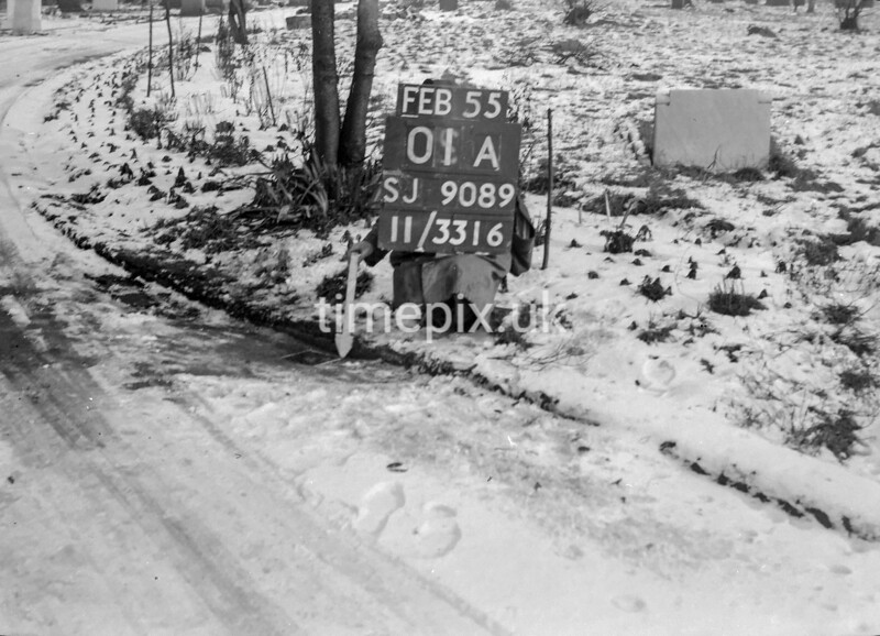 SJ908901A, Ordnance Survey Revision Point photograph in Greater Manchester