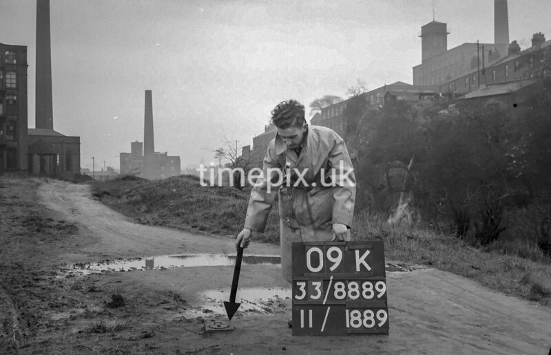 SJ888909K, Ordnance Survey Revision Point photograph in Greater Manchester