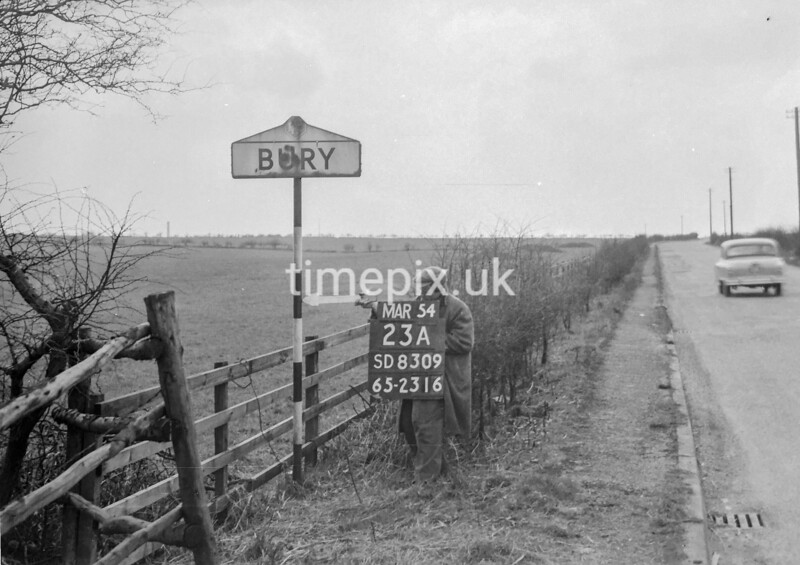 SD830923A, Ordnance Survey Revision Point photograph in Greater Manchester