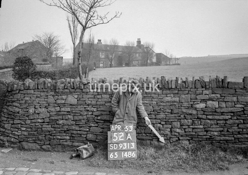 SD931352A, Ordnance Survey Revision Point photograph in Greater Manchester