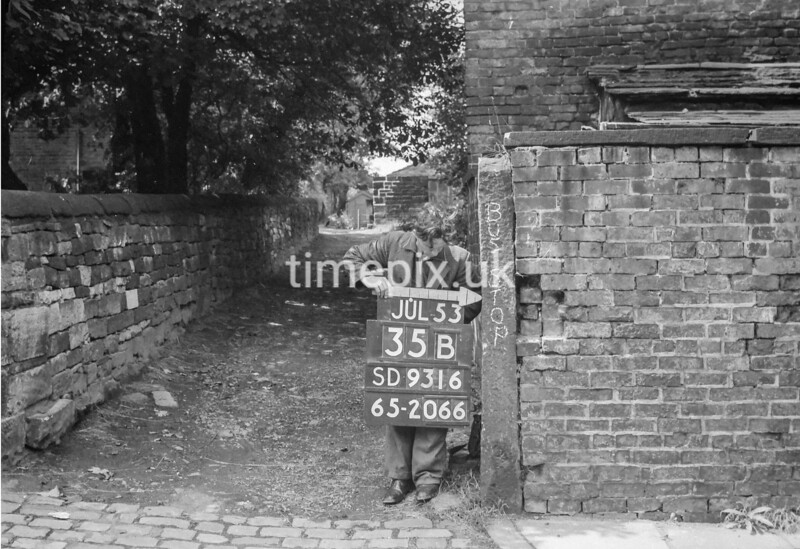 SD931635B, Ordnance Survey Revision Point photograph in Greater Manchester