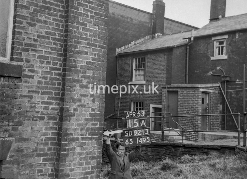 SD921315A, Ordnance Survey Revision Point photograph in Greater Manchester