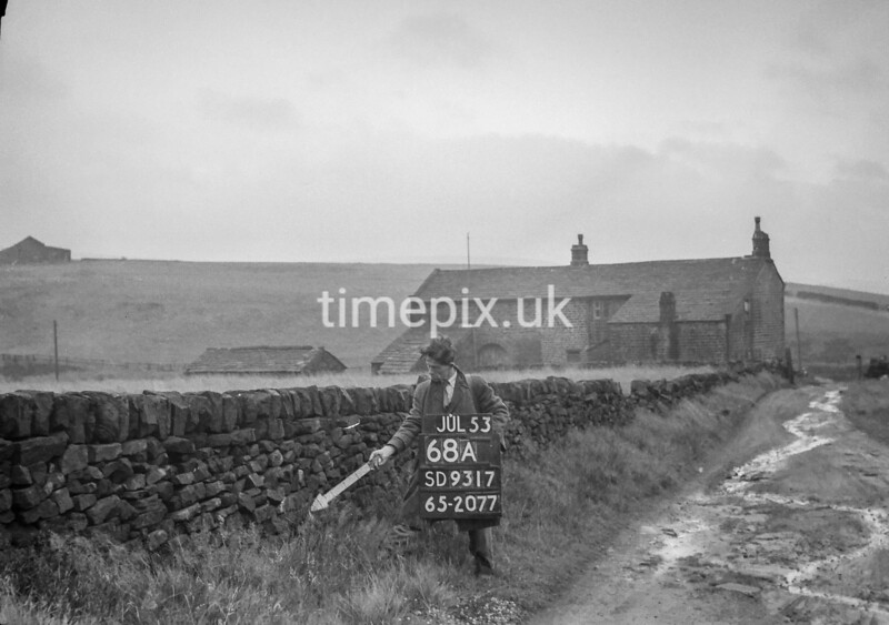 SD931768A, Ordnance Survey Revision Point photograph in Greater Manchester