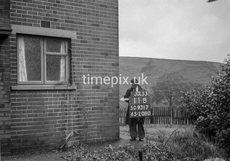 SD931711B, Ordnance Survey Revision Point photograph in Greater Manchester