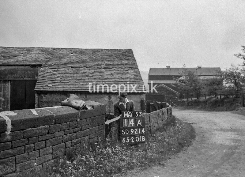 SD921414A, Ordnance Survey Revision Point photograph in Greater Manchester