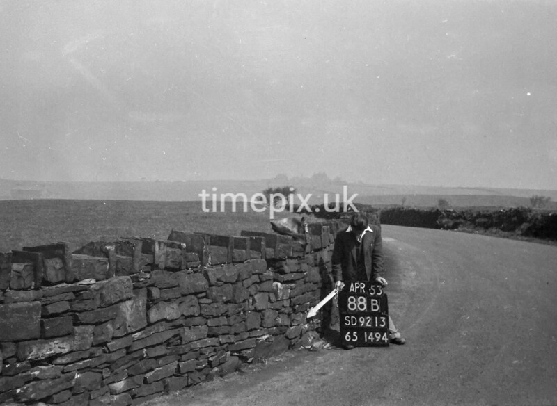 SD921388B, Ordnance Survey Revision Point photograph in Greater Manchester