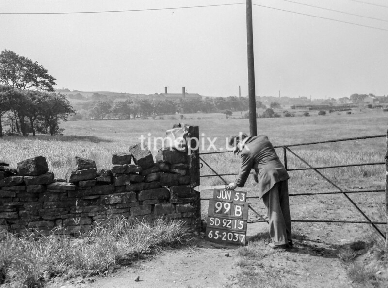 SD921599B, Ordnance Survey Revision Point photograph in Greater Manchester