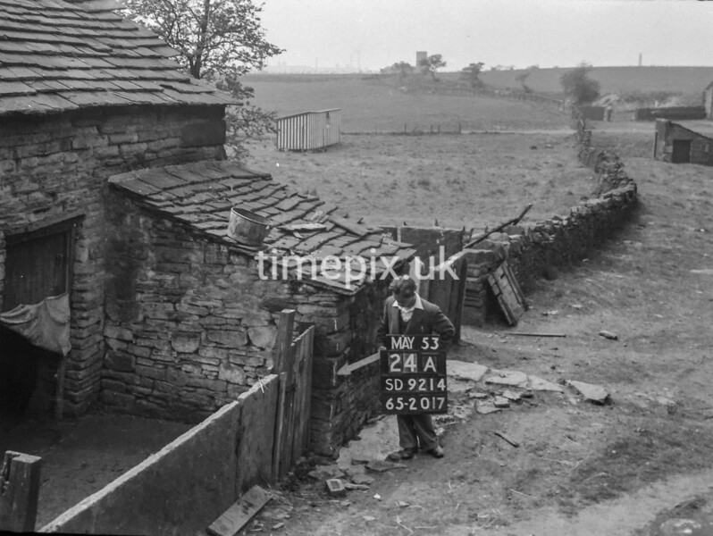 SD921424A, Ordnance Survey Revision Point photograph in Greater Manchester