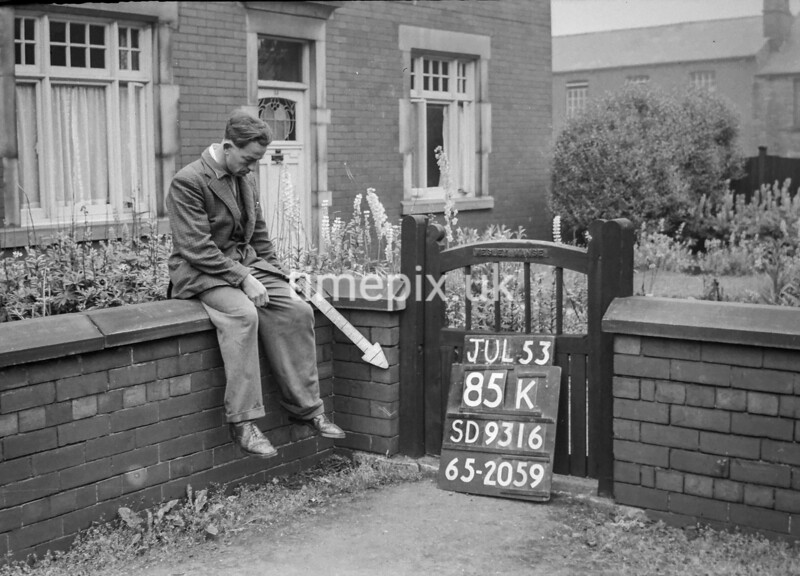 SD931685K, Ordnance Survey Revision Point photograph in Greater Manchester