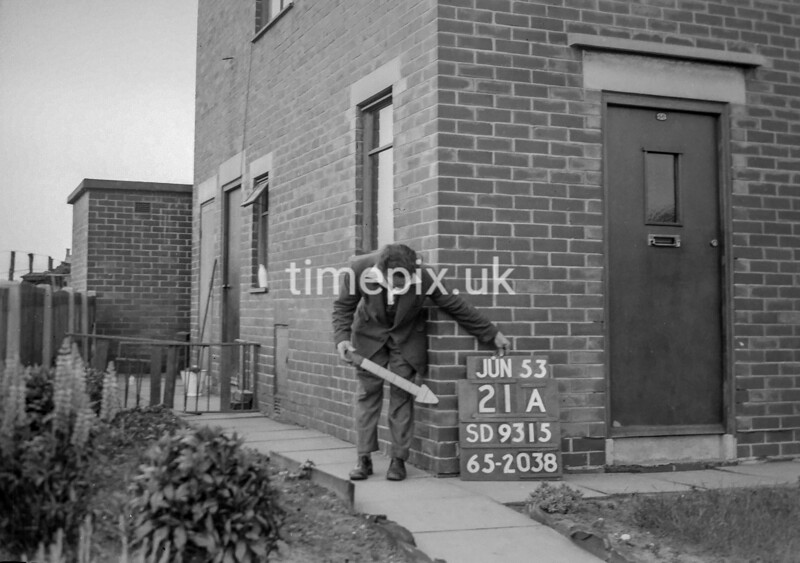 SD931521A, Ordnance Survey Revision Point photograph in Greater Manchester