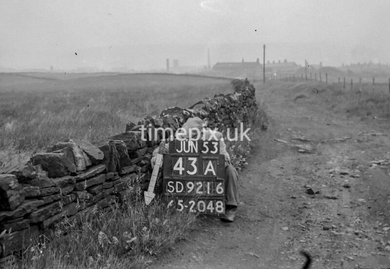SD921643A, Ordnance Survey Revision Point photograph in Greater Manchester