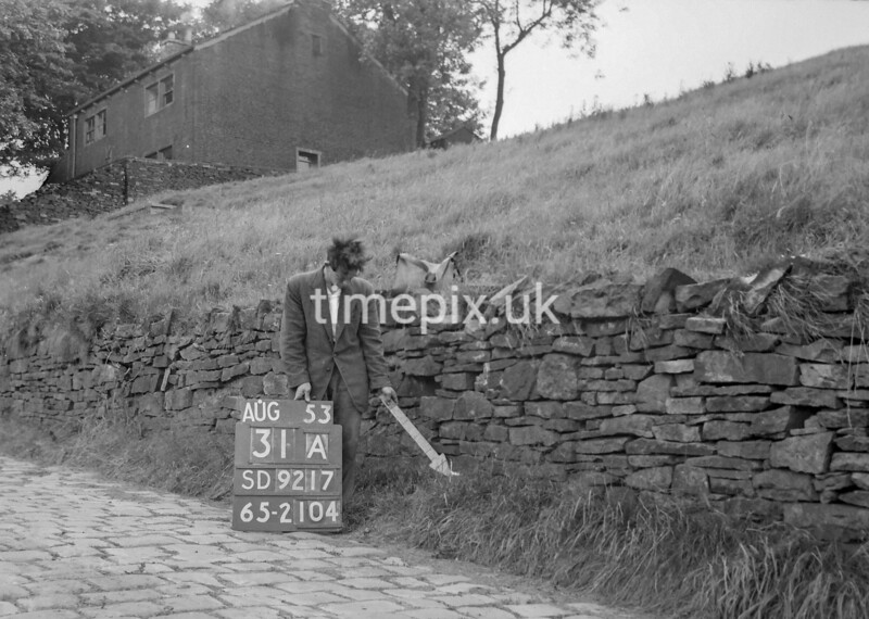 SD921731A1, Ordnance Survey Revision Point photograph in Greater Manchester