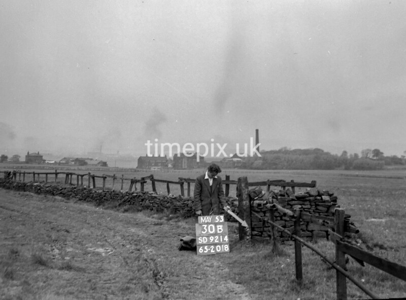 SD921430B, Ordnance Survey Revision Point photograph in Greater Manchester