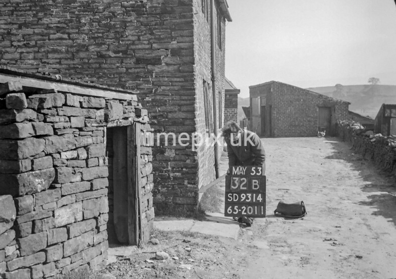 SD931432B, Ordnance Survey Revision Point photograph in Greater Manchester
