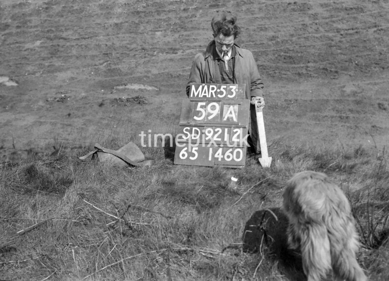 SD921259A2, Ordnance Survey Revision Point photograph in Greater Manchester