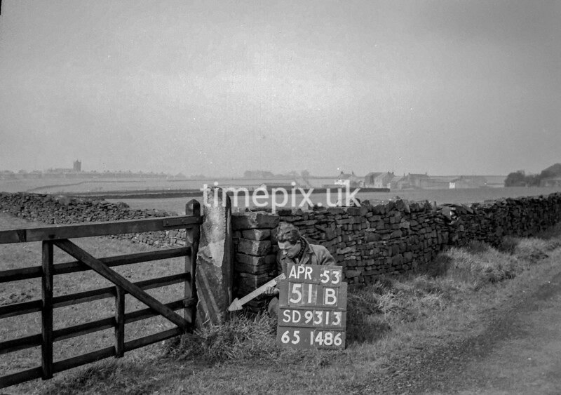 SD931351B, Ordnance Survey Revision Point photograph in Greater Manchester