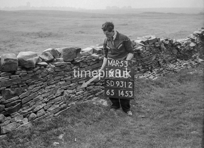 SD931268B, Ordnance Survey Revision Point photograph in Greater Manchester