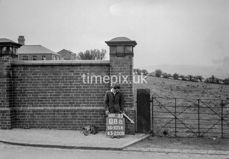 SD931408B, Ordnance Survey Revision Point photograph in Greater Manchester