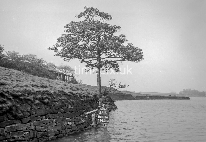 SD931487A, Ordnance Survey Revision Point photograph in Greater Manchester
