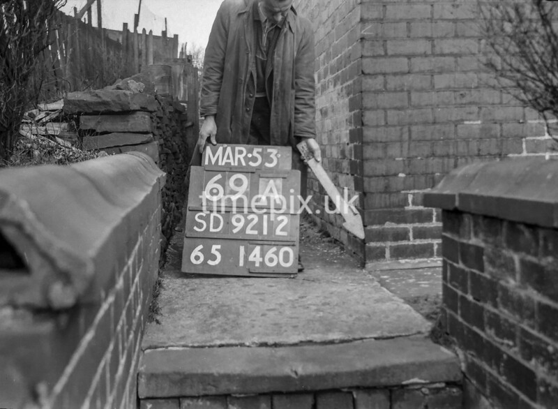 SD921269A, Ordnance Survey Revision Point photograph in Greater Manchester