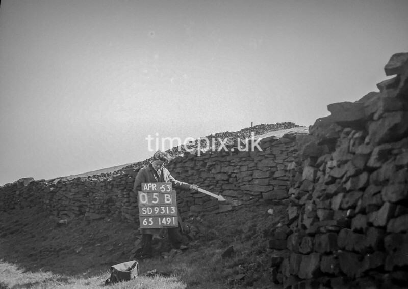 SD931305B, Ordnance Survey Revision Point photograph in Greater Manchester