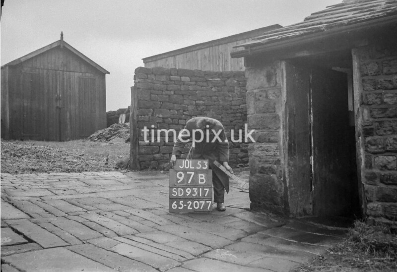 SD931797B, Ordnance Survey Revision Point photograph in Greater Manchester