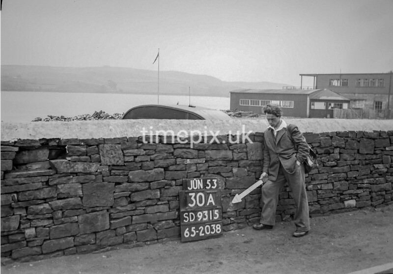 SD931530A, Ordnance Survey Revision Point photograph in Greater Manchester