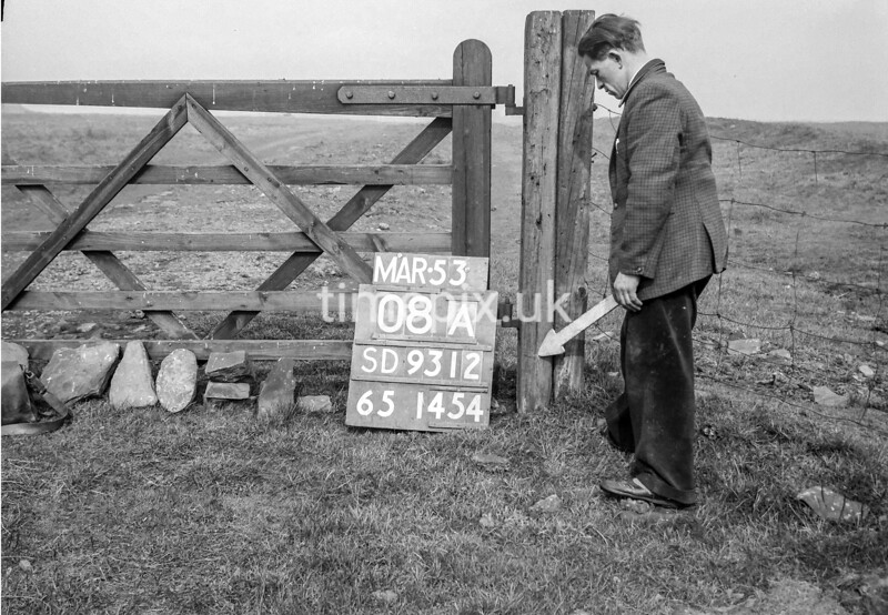 SD931208A, Ordnance Survey Revision Point photograph in Greater Manchester