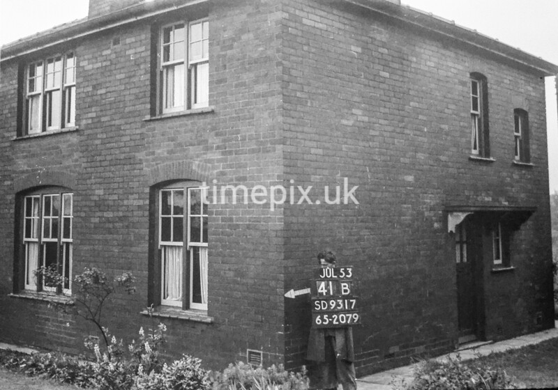 SD931741B, Ordnance Survey Revision Point photograph in Greater Manchester