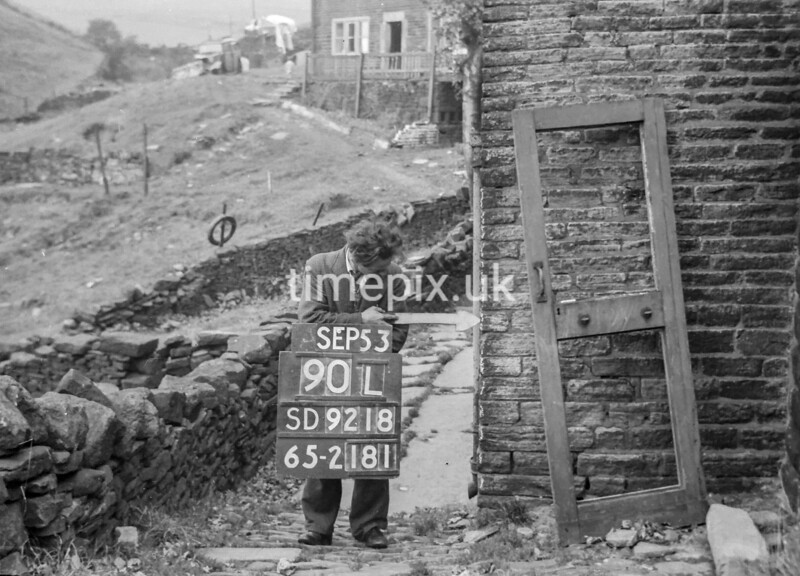 SD921890L1, Ordnance Survey Revision Point photograph in Greater Manchester