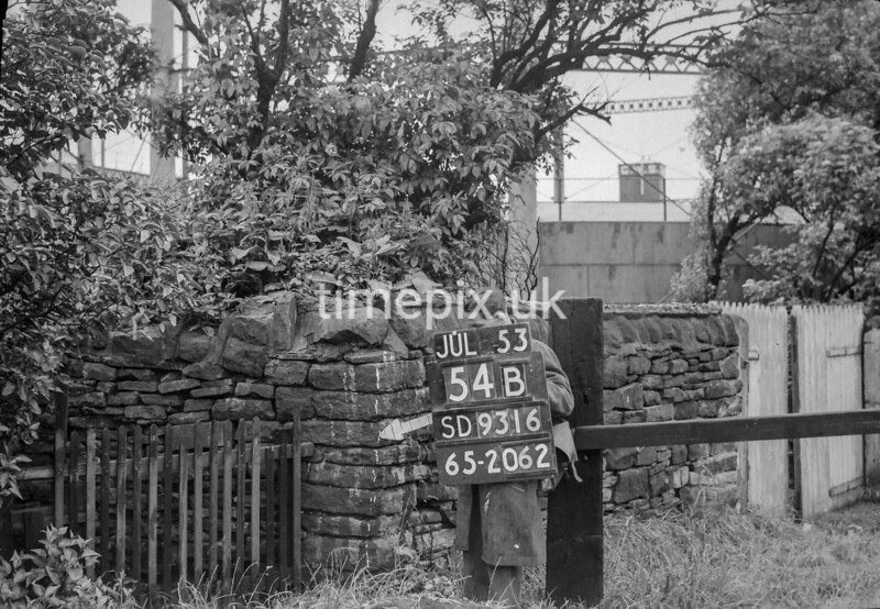 SD931654B, Ordnance Survey Revision Point photograph in Greater Manchester