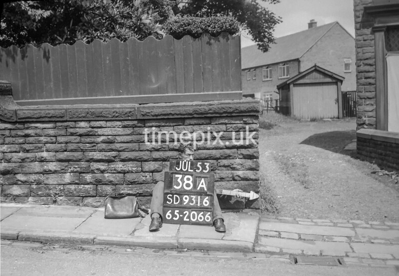 SD931638A, Ordnance Survey Revision Point photograph in Greater Manchester