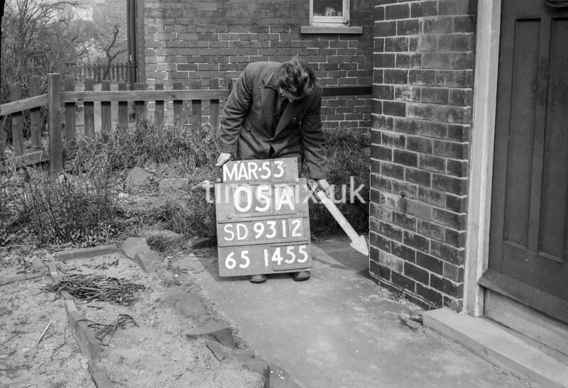 SD931205A, Ordnance Survey Revision Point photograph in Greater Manchester