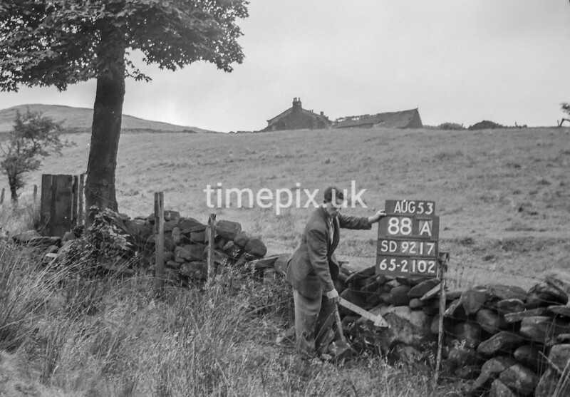 SD921788A, Ordnance Survey Revision Point photograph in Greater Manchester