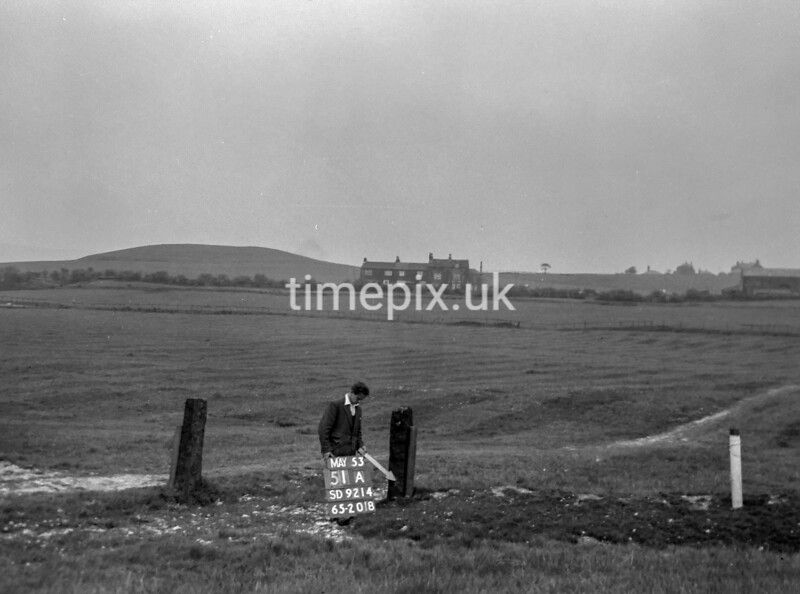 SD921451A, Ordnance Survey Revision Point photograph in Greater Manchester