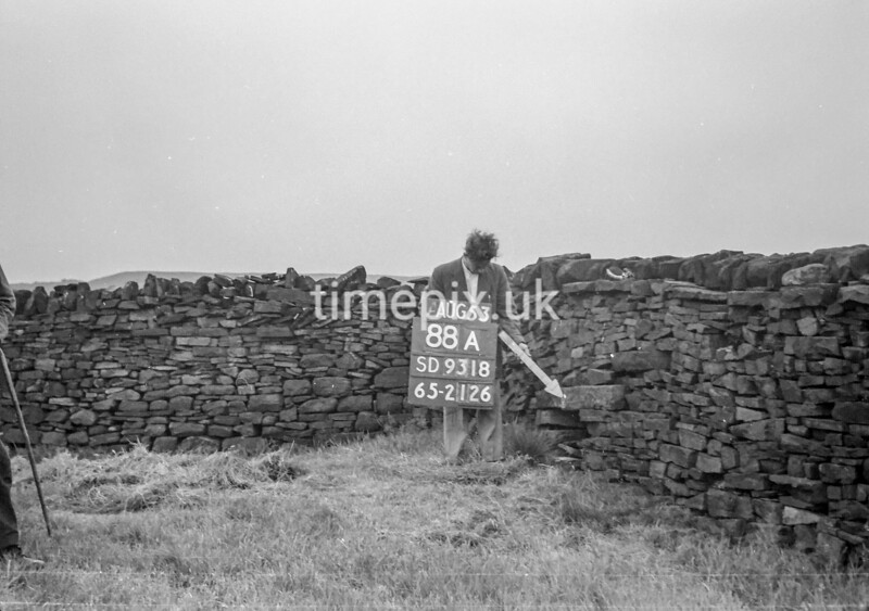 SD931888A, Ordnance Survey Revision Point photograph in Greater Manchester