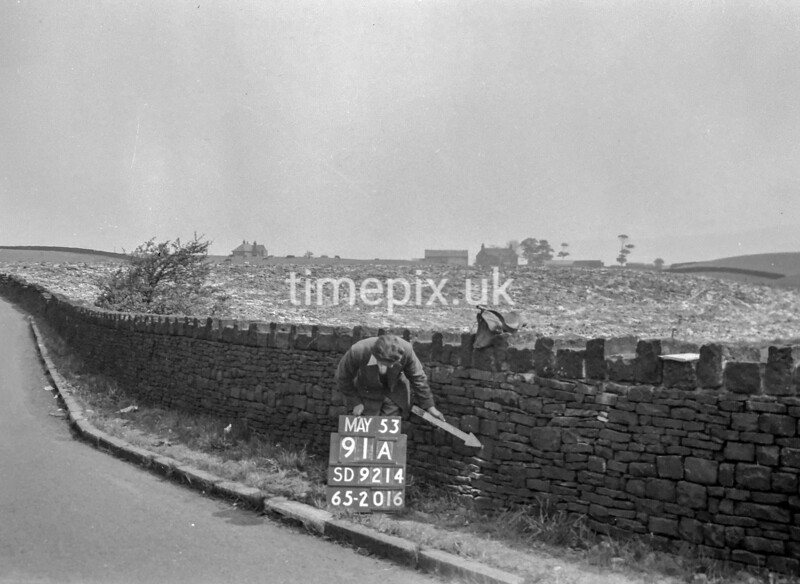 SD921491A, Ordnance Survey Revision Point photograph in Greater Manchester