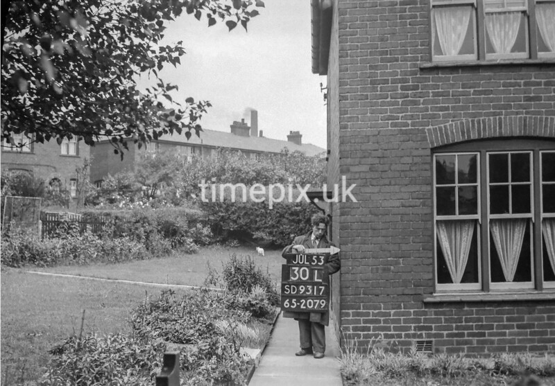 SD931730L, Ordnance Survey Revision Point photograph in Greater Manchester