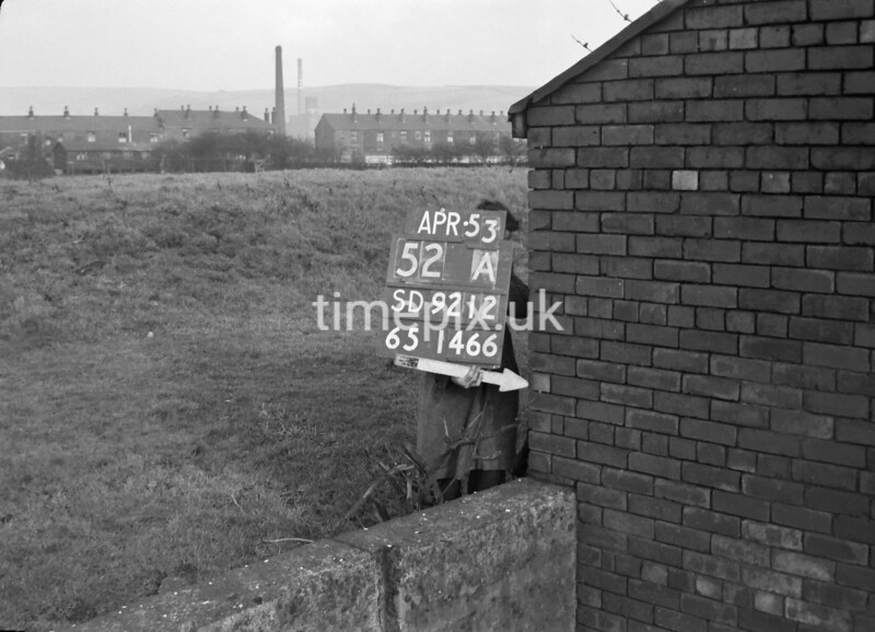 SD921252A, Ordnance Survey Revision Point photograph in Greater Manchester