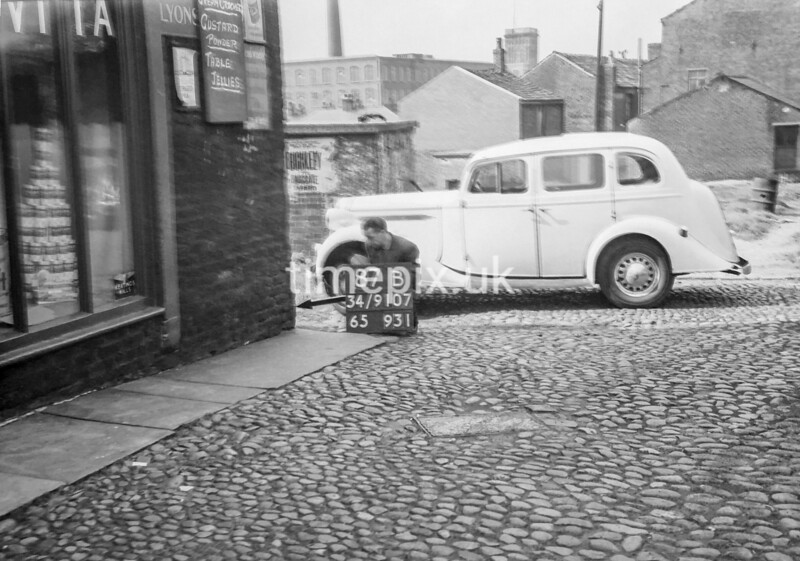 SD910787B, Ordnance Survey Revision Point photograph in Greater Manchester